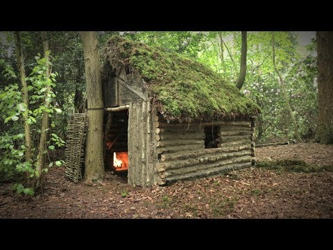 Off Grid Log Cabin with Moss Roof – Cruck Frame Shelter (Overnight Camp)