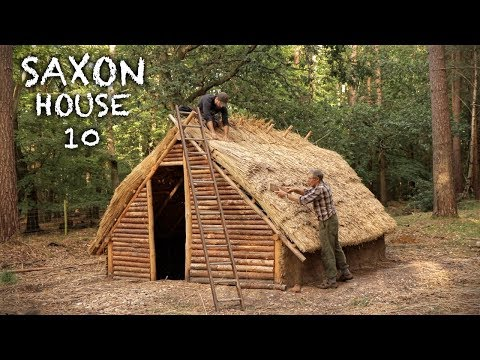 Building a Log House with Thatch Roof: Bushcraft Saxon House (PART 10)
